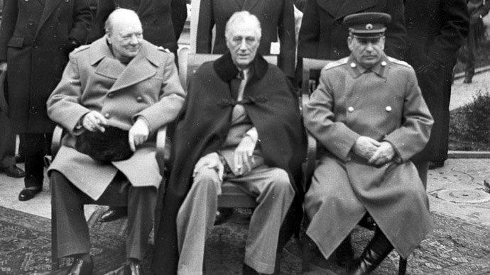 Fra forhandlingene i Jalta i 1945. Churchill, Roosevelt og Stalin.