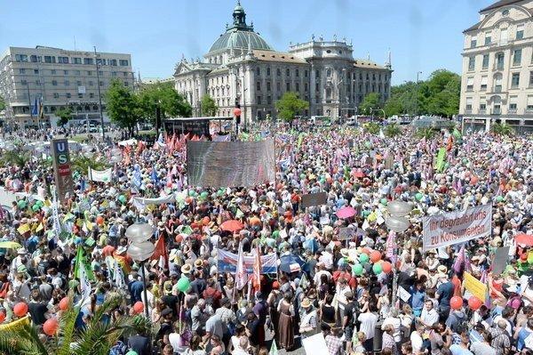 Titusener mot TTIP og G7 i München