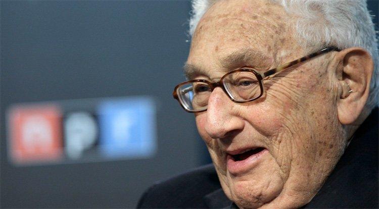"""Kissinger og Brzezinski har ikke alltid vært på bølgelengde. I 2012 sa Kissinger: """"Brzezinski is a total whore. He's been on every side of every argument."""" Brzezinski svarte: """"Henry is a friend of mine — he must have meant 'bore.'"""""""