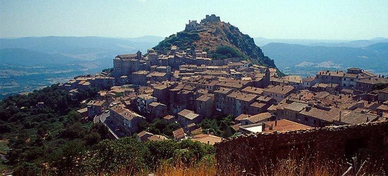 La Rocca di Tolfa