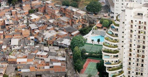 rich poor colombia