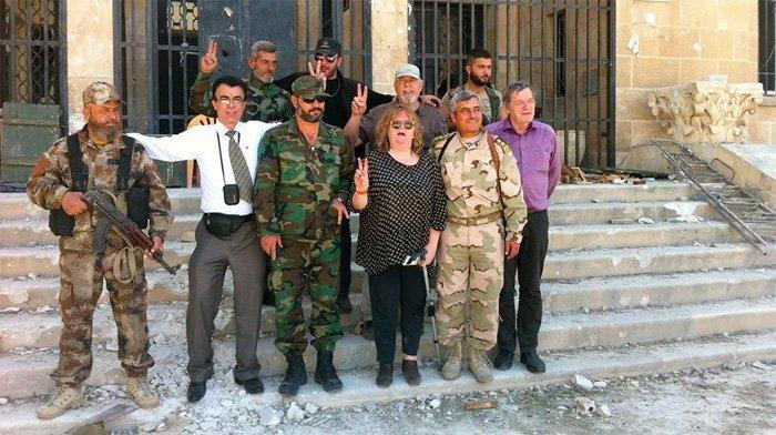 Delegasjonens besøk i Syria. Roald Aune ytterst til høyre.