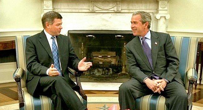 Bondevik og Bush i Det hvite hus