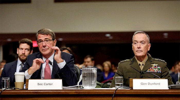 Ash Carter og Joe Dunford