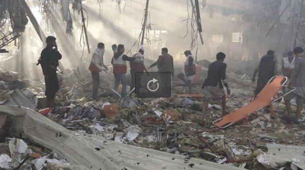 Etter bombinga av begravelsen i Sana'a (PressTV)